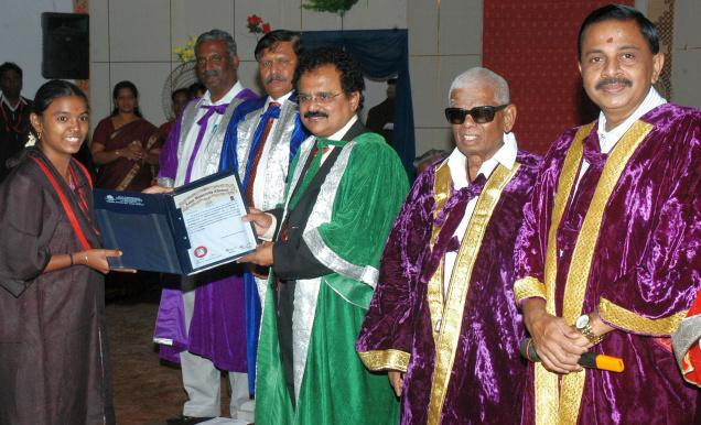 E.M.Sudarsana Natchiappan, Member of Parliament, giving away degree certificate to a student at the convocation held in Arulmigu Kalasalingam College of Engineering at Krishnankoil near Srivilliputtur on Saturday. Photo: K. Ganesan Courtesy:The Hindu