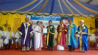 9th convocation in zakir hussain college (1)
