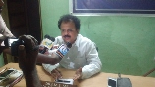 PRESS MEET AT KARAIKUDI OFFICE (2)