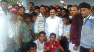SELFI WITH ARASANOOR YOUTH 1